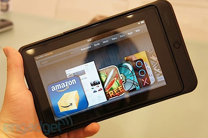 Nyko Kindle Fire power case, Vita speaker stand hands-on