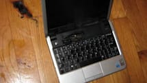 Dell Mini 9 suffers meltdown, scorches owner's floor