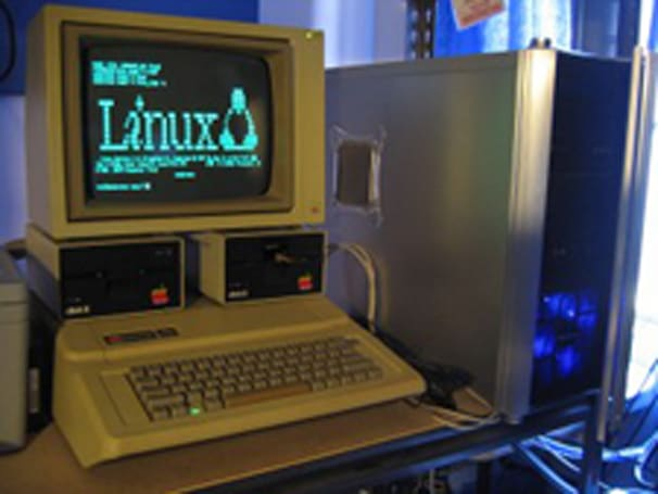 Turn your Apple IIe into a Linux terminal