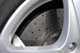 2013 Ferrari FF brakes