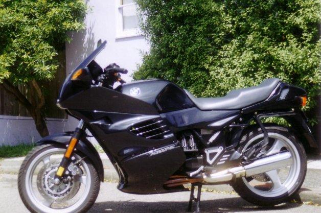 BMWのオートバイが原因で持続勃起症を患ったという男性の訴えが棄却!