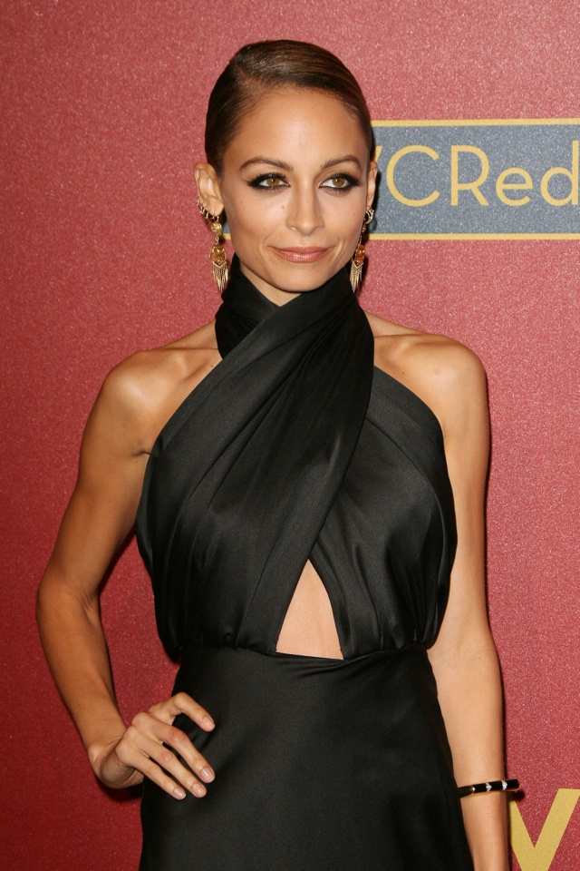 Nicole Richie Does Sexy Chic In Cutout Black Gown At Qvc Cocktail