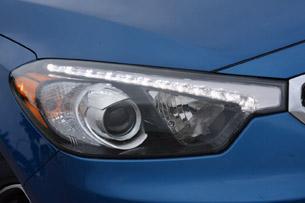 2014 Kia Forte headlight