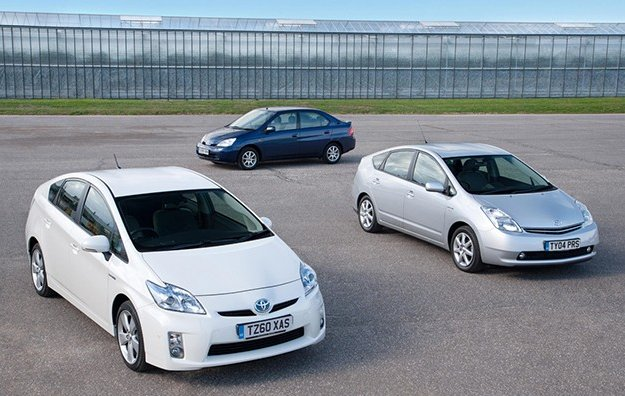 three generations of the Toyota Prius