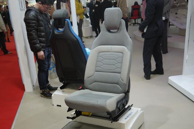 【東京モーターショー2013:日本のモノ作り】BMW i3のシートは、トヨタ紡織が開発!