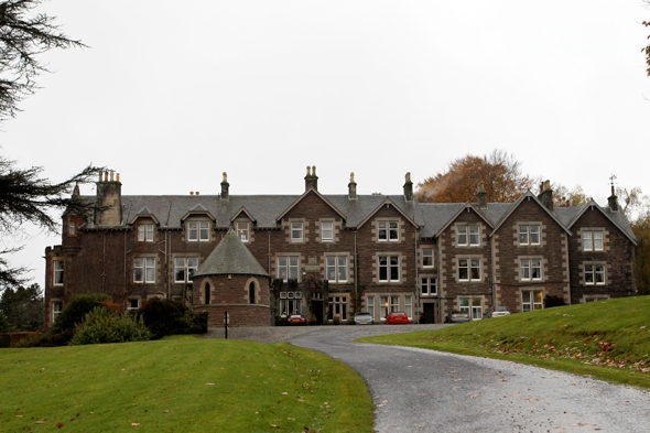 andy-murray-cromlix-hotel-residents-evicted