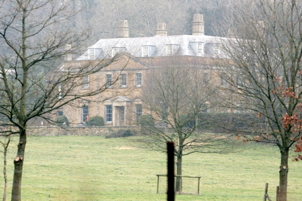 Fine Lord Of The Manor Johnny Depp To Buy 13M Country House In Interior Design Ideas Inesswwsoteloinfo