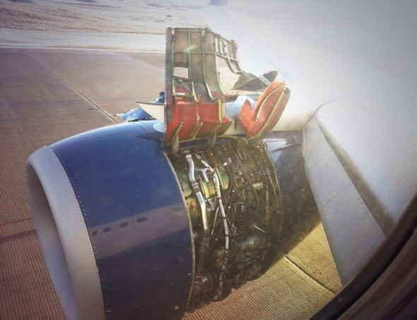 delta-plane-engine-casing-rips-off-mid-air-emergency-landing