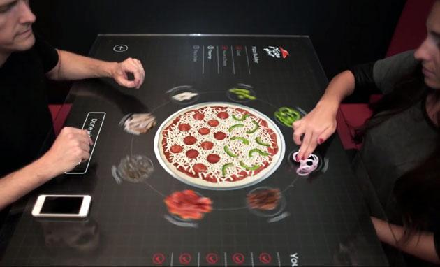Pizza Hut 的概念觸控餐桌讓妳自己動手「做」Pizza(影片)