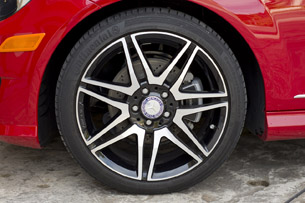 2013 Mercedes-Benz C250 Sport wheel