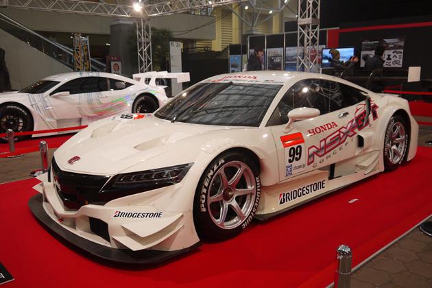 【大阪オートメッセ2014】三大メーカーのSUPER GT参戦マシンと共通モノコックを展示!