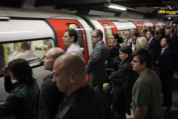 Travel disruptions in London as rail unions plan Tube strike in February 2014