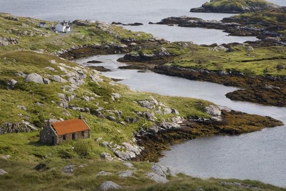 man-missing-walking-holiday-isle-of-harris-scotland