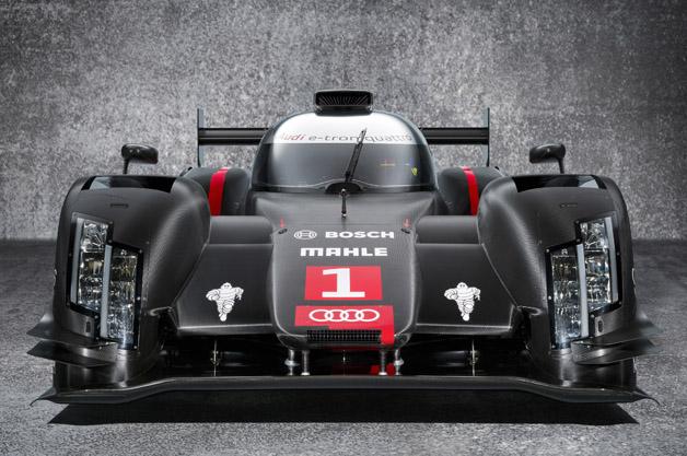 Eine Woche nach dem letzten Renneinsatz des Weltmeister-Rennwagens Audi R18 e-tron quattro steht bereits sein Nachfolger in den Startloechern.
