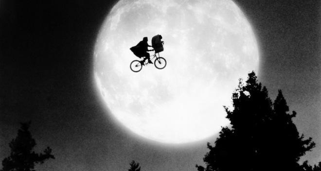 Family Movie Mistakes E.T.