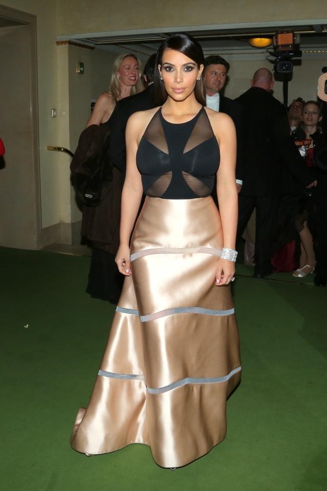 kim-kardashian-sheer-gown-vienna-ball