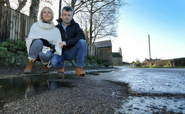 pothole couple