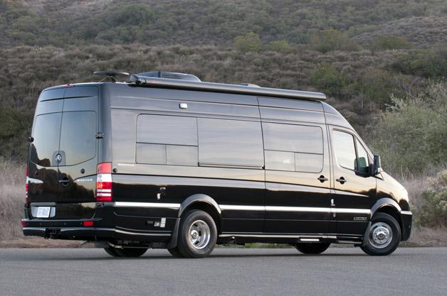 2013 airstream interstate 3500 ext autoblog for Mercedes benz sprinter wheels