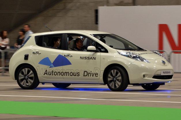 【投票つき】自動運転車が発売されたら、運転は車に任せるという人は5人に1人