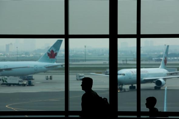 man-killed-snow-truck-toronto-pearson-airport