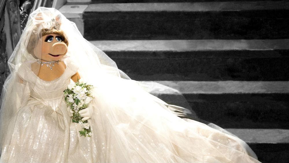 Recycling Wedding Dress 98 Cute Miss Piggy vivienne westwood