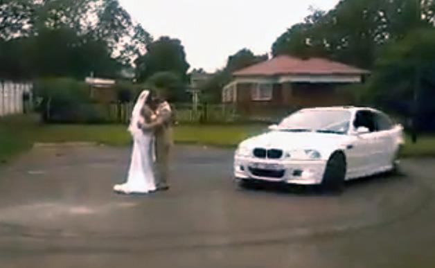【ビデオ】BMW「M3」のドーナツターンで結婚をお祝い!