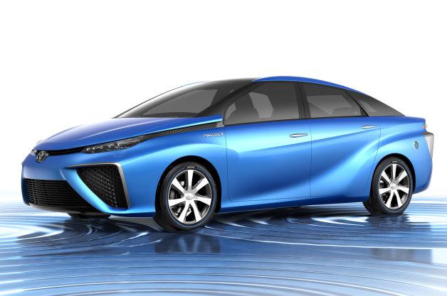 【賛成or反対】トヨタの次世代FCV車を「プリウス」として売るのはアリ?