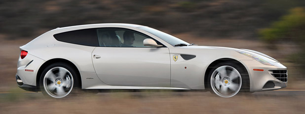 2017 Ferrari Ff Driving