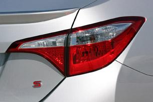 2014 Toyota Corolla taillight