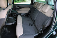 2015 Fiat 500L Living rear seats