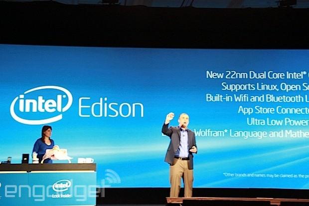 Intel 發表 22nm 制程,只有 SD 卡大小的雙核 PC「Edison」