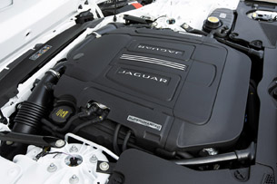 2015 Jaguar F-Type R Coupe