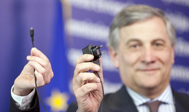 歐盟正式要求手機要有統一的充電器標準
