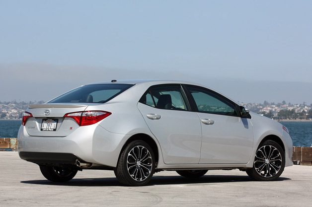 corolla reviews wheels ca review rear toyota car
