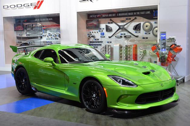 【北米国際自動車ショー2014】鮮やかな新色をまとったSRT「ヴァイパー」が初披露!