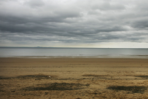 portobello beach man dies