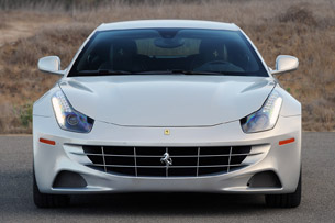 2013 Ferrari FF front view