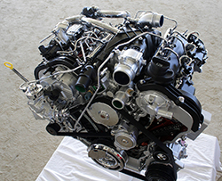 An image of the 3.0-liter turbodiesel in the 2014 Ram 1500 EcoDiesel