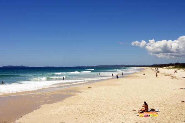 british-tourist-drowns-brunswick-heads-beach-australia