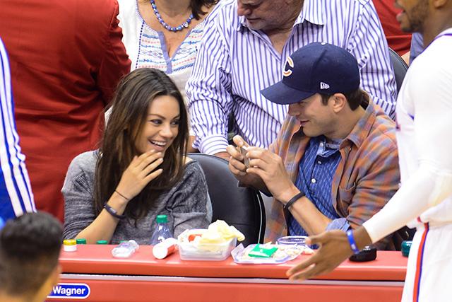 mila kunis and ashton kutcher expecting first child