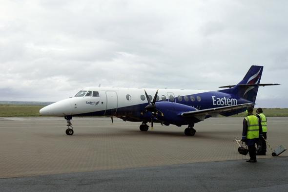 plane-emergency-landing-norwich-airport-hydraulic-fault