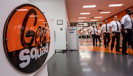 Geek Squad Posted Woman's Nude Photos, Lawsuit Claims - AOL Finance