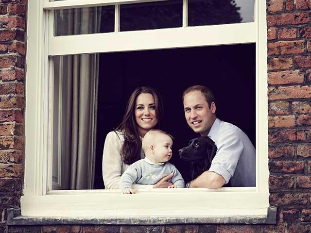 kate-middleton-shopping-prince-george-royal-tour-baby-gap