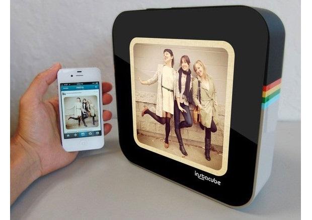 Instacube 数码相架终于要出货了,而且还支持影片播放