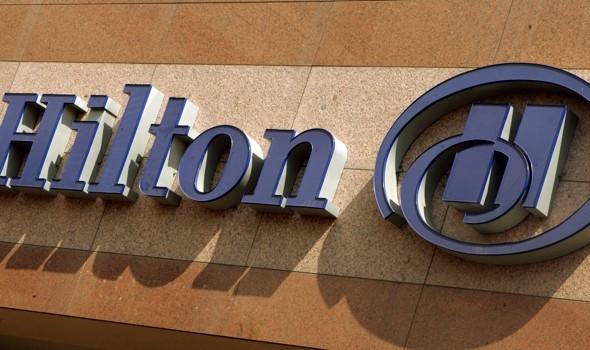 hilton-hotel-bans-guest-large-trouser-snake-comment