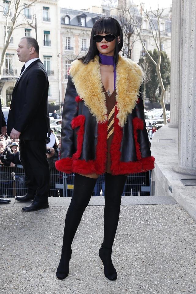 rihanna-thigh-high-boots-eiffel-tower-miu-miu-show-paris-fashion-week