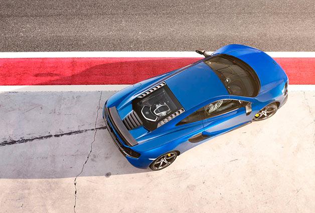 McLaren 650S overhead image