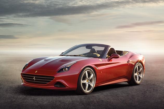 フェラーリ、新たにV8ターボ・エンジンが搭載された「カリフォルニア T」を発表!