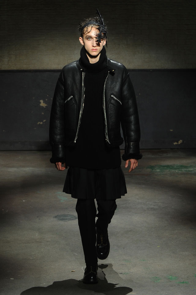 LONDON, ENGLAND - JANUARY 07:  A model walks the runway at the Alexander McQueen show during The London Collections: Men Autumn/Winter 2014 on January 7, 2014 in London, England.  (Photo by Anthony Harvey/Getty Images)