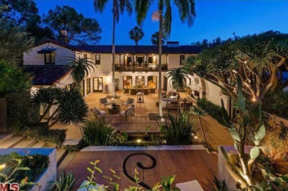 Robert Pattinson home Los Feliz